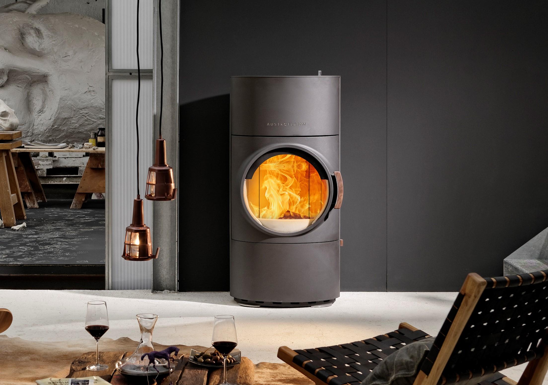 austroflamm kamin fen flammenspiel. Black Bedroom Furniture Sets. Home Design Ideas